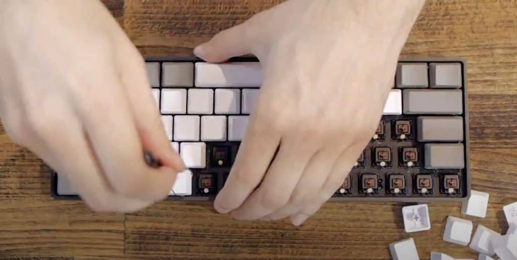 Remove all keycaps using keycap puller